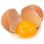Почему стоит отказаться от сырых яиц?
